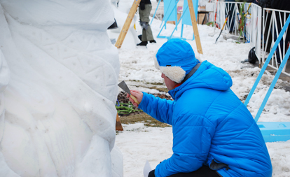 Snow sculptors share their craft at Snow Days Chicago, Navy Pier